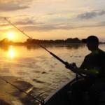 Waktu Jam Terbaik Mancing Ikan Mas 2018
