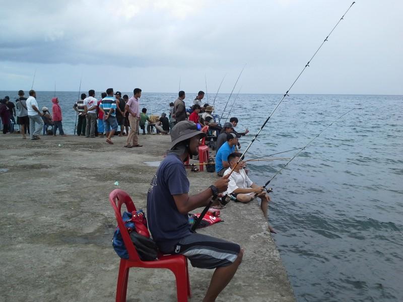Umpan Apa untuk Mancing di Laut (Alami Dan Resep)