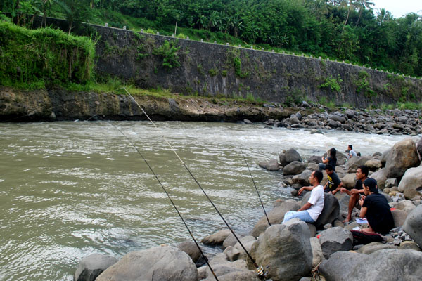 Umpan Buatan Untuk Mancing Di Sungai (Terbukti Galak)