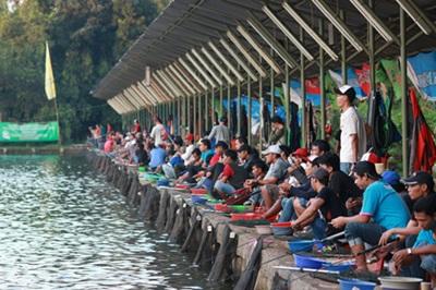 Umpan Ikan Mas Subang Musim Hujan Ampuh